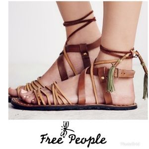 Free People Ref Willow tan sandals